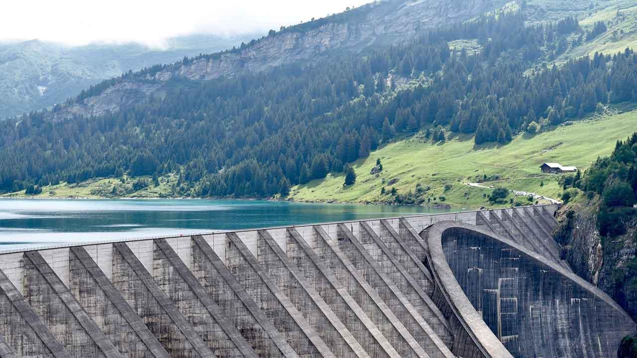 gravity-dam